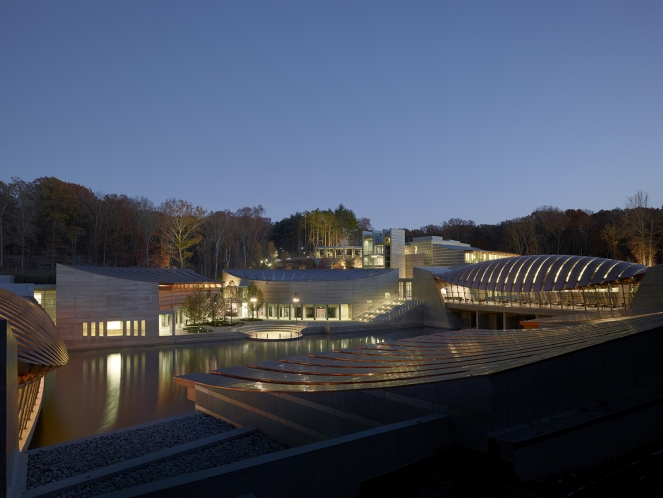 09_Crystal-Bridges_View-of-project-at-dusk-2-reduced Credit Timothy Hursley