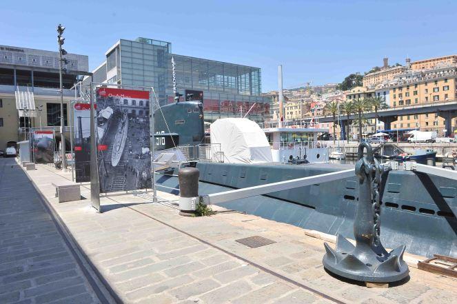 Galata Museo del Mare esterni sommergibile.jpg