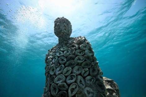 The-Listener-Nizuc-Jason-deCaires-Taylor-Sculpture.jpg