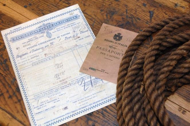 Galata Museo_Passaporto e Biglietto di viaggio.jpg