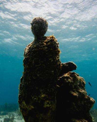 The-Listener-Jason-DeCaires-Taylor-underwater-sculpture