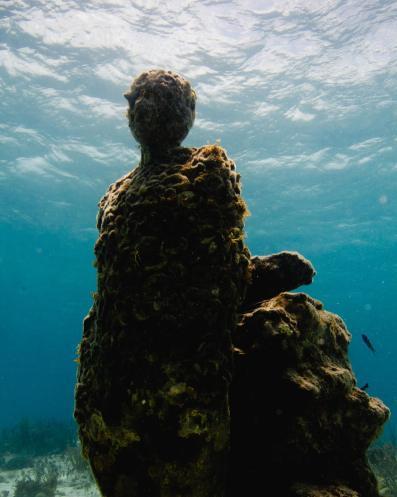 The-Listener-Jason-DeCaires-Taylor-underwater-sculpture